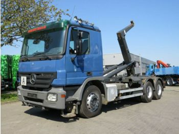 Камион со кука за подигање Mercedes-Benz Actros 2641 6x4 Abrollkipper Meiller